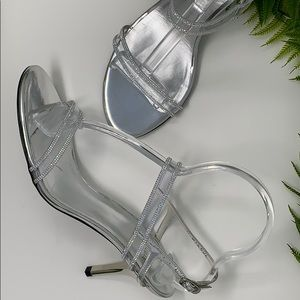 Stuart Weitzman clear crystal sandals - Like New